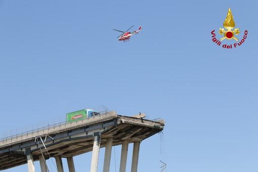 Un anno fa la tragedia del ponte Morandi: oggi bandiere a mezz'asta a Palazzo Lascaris