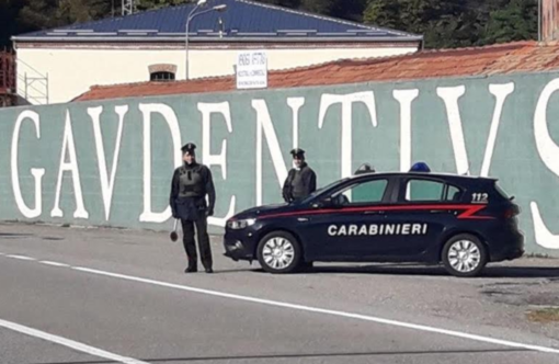 Varallo: furto al reparto cosmetici, denunciate due donne