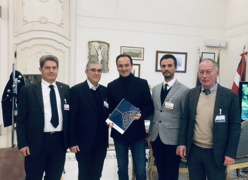 """Liberi professionisti, Cirio: """"Attiveremo fondi europei per il settore"""""""