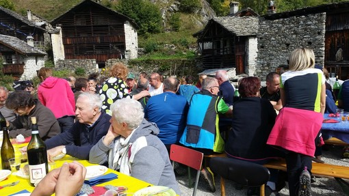 """Una festa in compagnia a Dorca di Rimasco, """"per preservare il patrimonio storico della montagna"""""""