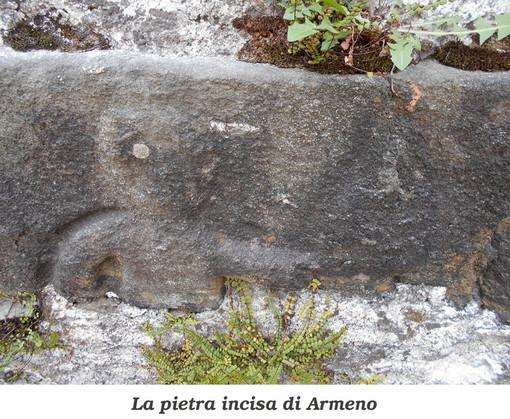 La Valsesia Magica e Misteriosa: Il masso misterioso della chiesa di Pray Alto e la pietra incisa della parrocchiale di Armeno