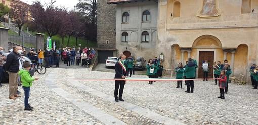 A Portula taglio del nastro alla nuova pavimentazione di Castagnea FOTO