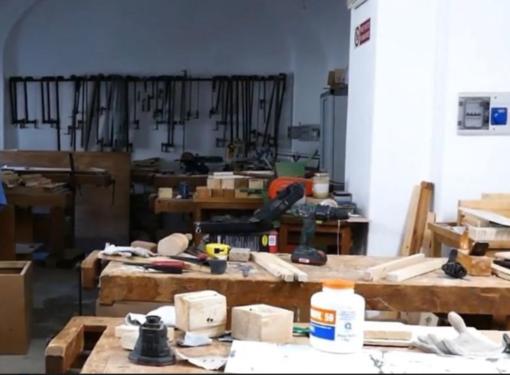 Scuola Barolo per Artigiani del legno: donazione per le borse di studio
