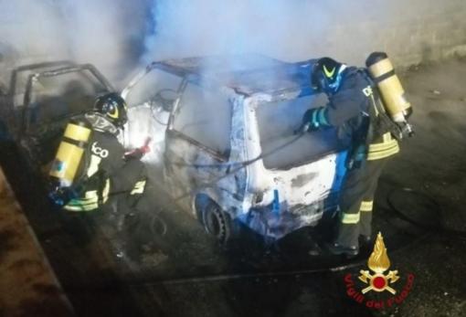 Auto a fuoco a Trino