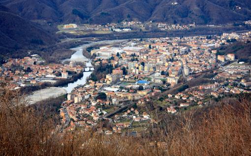 Natale a Borgosesia: la madrina è l'ex Miss Italia Nazzaro