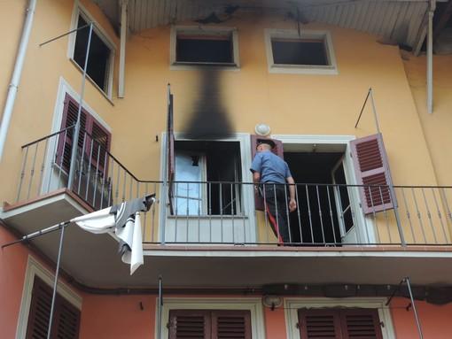 Brucia l'appartamento del vicino, 43enne arrestato dai Carabinieri