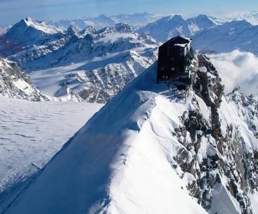 Buon compleanno Regina Margherita, il rifugio più alto d'Europa compie 127 anni