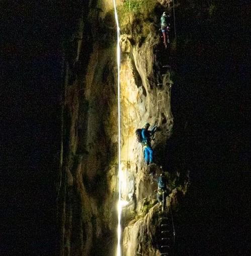 Varallo: primi scalatori notturni alla Falconera
