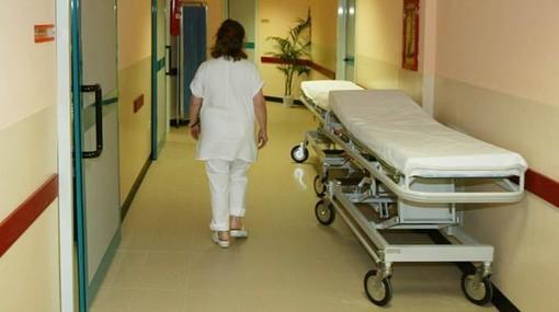 Ospedali, via libera alla ripresa dell'attività ordinaria: visite, interventi programmati e screening