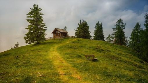 Giornata dell'Ambiente, Uncem: Montagna non è parco giochi