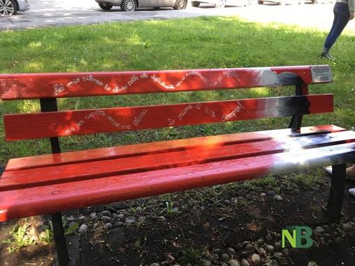 Portula dice No alla violenza sulle donne, una panchina rossa sorgerà in piazza (foto di repertorio)