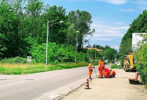 Gattinara: Partiti i lavori per la sistemazione dei marciapiedi in diversi punti della Città