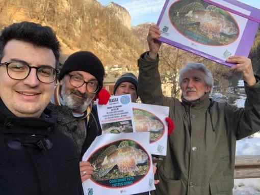 Anche a Rassa la protesta dei pesci di fiume