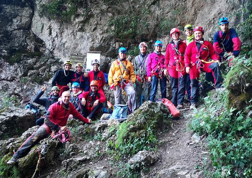 Il gruppo in visita sul monte Fenera