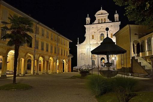 Il comune illumina il Sacro Monte per il 2020