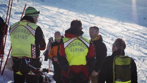 """""""Sì allo sport in montagna, ma quest'anno prima la prudenza"""". Il video-appello del Soccorso Alpino"""