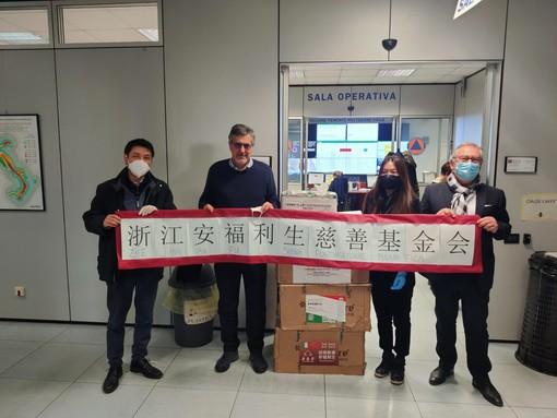 Coronavirus, la comunità cinese dona 10 ventilatori polmonari al Piemonte